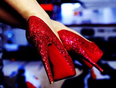 Yılbaşı için topuklu ayakkabı önerileri