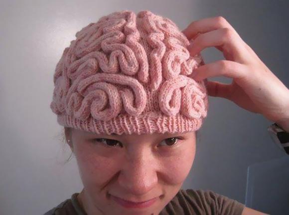 beyin şeklinde kadın beresi